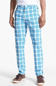 Plaid tech golf pants via Puma Ha! I'd love to see somebody besides my uncle wear these. Mens Golf Outfit, Golf Attire, Golf Fashion, Mens Fashion, Golf Pants, Printed Pants, Ladies Golf, Swagg, Gq