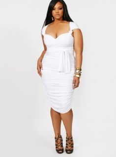 13 Plus Size Little White Dresses for Summer