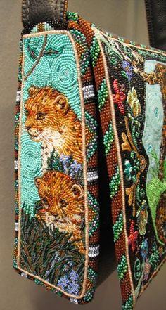 Beaded Purses, Beaded Bags, Beaded Jewelry, Native Beadwork, Native American Beadwork, Loom Beading, Beading Patterns, Beaded Embroidery, Beaded Crochet