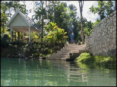 Logement entier à Roaring River Jamaica (Jamaïque). Guests should be aware that our internet is weak and erratic ,due to our location, and cannot be counted upon for serious business purposes. Blue Hole, Jamaica, Gardens, River, Negril Jamaica, Tuin, Garden, Rivers, Formal Gardens