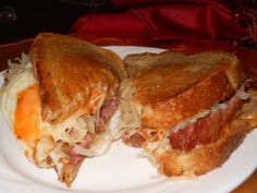 Warm Ooey Gooey Cheesey Reuben Sandwich made with Crock-Pot Corned Beef Brisket R: wouldn't add all the seasonings Corned Beef Brisket, Corned Beef In Oven, Homemade Corned Beef, Cooking Corned Beef, Slow Cooker Corned Beef, Corned Beef Recipes, Crockpot Recipes, Cooking Recipes, Yummy Recipes