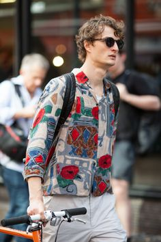 Streetstyle photography from LFWM SS18