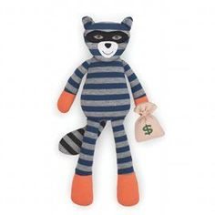 This Apple Park Organic Farm Buddies Robbie Raccoon Plush Toy is the perfect (and humorous) stuffed animal for your toddler. Baby Stuffed Animals, Dinosaur Stuffed Animal, Rainbow Bedding, Kid Essentials, Natural Toys, Baby Wraps, Classic Toys, Baby Bottles, Organic Baby