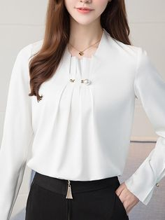 - Einfarbig dekorative Hardware Langarm-T-Shirt - AdoreWe . Blouse Styles, Blouse Designs, Formal Tops For Women, Trendy Fashion, Fashion Outfits, Fashion Ideas, Blouses For Women, Clothes, Chiffon Blouses