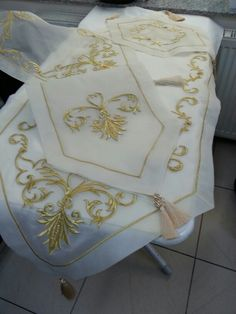 Marasisi salon takimi Goldwork, Ribbon Work, Satin Stitch, Doilies, Table Runners, Refrigerator, Design Elements, Hand Embroidery, Sims