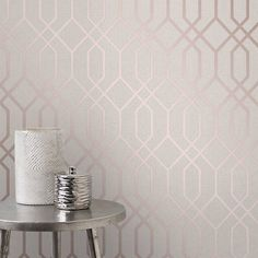 Choose from a beautiful selection rose gold wallpaper designs from leading designer wallpaper suppliers at Go Wallpaper UK. Geometric Wallpaper Beige, Gold Wallpaper Designs, Rose Gold Glitter Wallpaper, Geo Wallpaper, Cream Wallpaper, Trendy Wallpaper, Textured Wallpaper, Silver Glitter, Bedroom Wallpaper