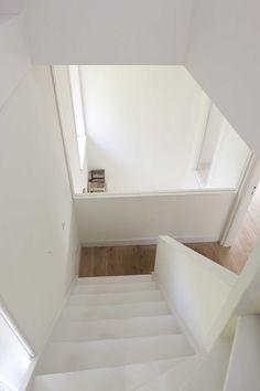 verbouwing woonhuis 30e jaren_driebergen-trap en vide bibliotheek