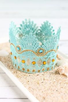 Too cute DIY lace crown for your little mermaid!