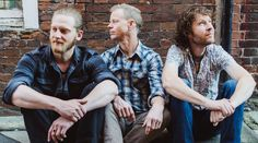 Joined by Pete Flood and Pete Thomas - Benji Kirkpatrick delivers a glorious sound on Gold Has Worn, a persuasive and impressive album. Folk Radio, Seth Lakeman, Ralph Mctell, Jimi Hendrix Experience, Rock News, Indie Pop, Singer, Album, Couple Photos