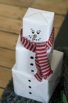 35 Last Minute Do It Yourself Christmas Gifts last . - 35 Last Minute Do It Yourself Christmas Gifts last minute christmas presents - Inexpensive Christmas Gifts, Christmas Gifts To Make, Christmas Gift Wrapping, Christmas Presents, Holiday Gifts, Christmas Diy, Christmas Snowman, Wrapping Ideas, Creative Gift Wrapping