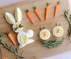 Easter is tomorrow! We were busy dying our Easter eggs yesterday, and now today, we'll make some breakfast out of those eggs. Visit CBC Parents to find out how easy it is to make these adorable egg b (easy easter recipes) Cute Food, Good Food, Funny Food, Baby Food Recipes, Healthy Recipes, Easter Recipes, Healthy Lunches, Top Recipes, Easter Ideas