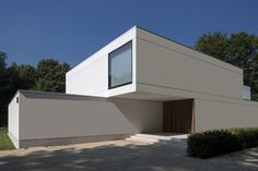Image 9 of 27 from gallery of HS Residence / CUBYC architects. Photograph by Koen Van Damme