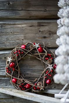 Check Out 23 Rustic Christmas Decor Ideas To Try This Year. Decorating the house for the Christmas holiday in rustic style can be interesting and unique. Noel Christmas, Outdoor Christmas Decorations, Country Christmas, Winter Christmas, Grapevine Christmas, Christmas 2019, Christmas Ideas, Simple Christmas, Christmas Branches