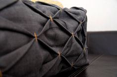 "Cushion/Pillow_""Honeycomb Cushion""_DIY_Like this look. Cushion Tutorial, Diy Cushion, Pillow Tutorial, Purse Tutorial, Cushion Pillow, Throw Pillow, Sewing Hacks, Sewing Crafts, Sewing Projects"