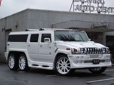 Looking to customize your Hummer? We carry a wide variety of Hummer accessories including dash kits, window tint, light tint, wraps and more. Hummer H2, Hummer Cars, Hummer Truck, White Hummer, Jeep, Suv Trucks, Luxury Suv, Luxury Vehicle, Top Cars