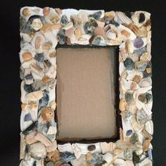 diy picture frame with shells from the beach