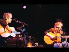 Joan Baez & Mary Chapin Carpenter - Stones In The Road