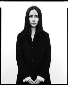 by Shinya Arimoto Large Format, Tokyo Dramatic Photography, Street Photography, Portrait Photography, Photography Gallery, Richard Avedon Photography, Creative Portraits, Senior Girls, Large Format, Aesthetic Photo