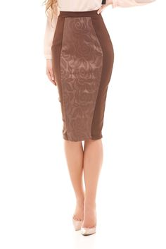 Falda de tubo con diseño floral para ver por Zoom en draguta.es    con el zoom se vera cada detalle de cerca 35,00