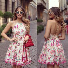 """""""{Do dia} Vestido de renda colorido @ervadoce_oficial para a loja @closetdamay O que é essa renda bordada maravilhosaaaa? • #lookdodia #lookoftheday…"""""""