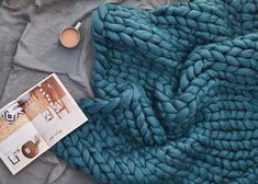 Big yarn Giant super bulky Merino EPIC EXTREME Arm knitting kit Chunky wool knit blanket Very. Big yarn Giant super bulky Merino EPIC EXTREME Arm knitting kit Chunky wool knit blanket Very thick gigantic yarn Massiv. Giant Knitting, Knitting Kits, Arm Knitting, Knitting Needles, Finger Knitting, Knitted Afghans, Knitted Blankets, Merino Wool Blanket, Throw Blankets