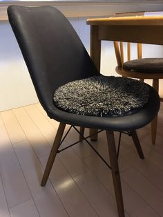 5 Dining Chairs, Furniture, Home Decor, Decoration Home, Room Decor, Dining Chair, Home Furnishings, Home Interior Design, Dining Table Chairs