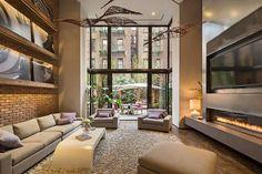 Beautiful modern townhouse in New York City with amazing modern loft design. New York Townhouse, Townhouse Interior, Modern Townhouse, Design Salon, Loft Design, House Design, Interior Design New York, Best Interior, Room Interior