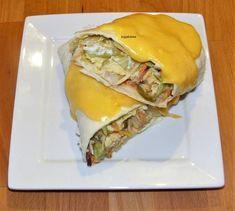 Tortilla tekercs tojás rántottával töltve Spanakopita, Cheesesteak, Hamburger, Sandwiches, Recipies, Pizza, Ethnic Recipes, Food, Tortillas