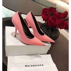BALENCIAGA Knife extreme point-toe pumps Pink