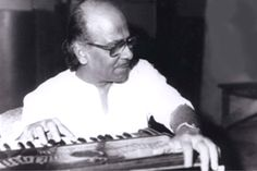 Hindi film music directors have often stepped outside the confines of the Hindi film industry to compose songs for regional languages. Salil Choudhary was no different. He had moved to Bombay in 1953, debuting with a stellar score in Do Bigha Zameen. In the three decades since that debut, Salilda composed for more than 25 films and became as close to the Malayali heart as he is dear to Bengalis, or to Hindi film music lovers. 'Introduced' to Malayalam cinema by Ramu Kariat. Read more on link