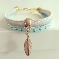 "Ibiza Bracelet ""Mint & Ivory Feather"""