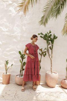 Kite Shop, Bird Kite, Collage Outfits, Cotton Texture, Feminine Dress, New Print, Sangria, Slow Fashion, Smocking