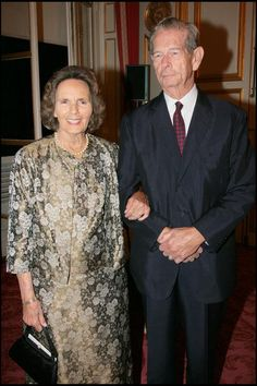LE ROI MICHEL ET LA REINE ANNE DE ROUMANIE - DINER DE GALA DANS LES SALONS BOFFRAND DE LA PRESIDENCE DU SENAT, 9 OCTOBRE 2007 Michael I Of Romania, Romanian Royal Family, Princess Anne, Blue Bloods, Royal House, Michel, Eastern Europe, Queen Anne, Kate Middleton