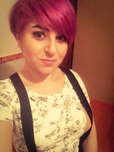 Pixie pastel short hair