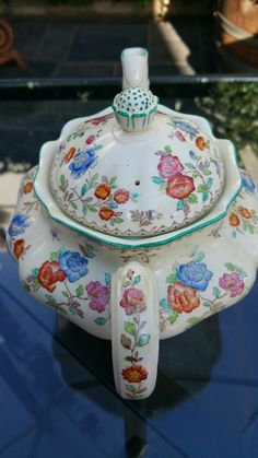 English Porcelain - A 21 Piece Copeland Spode Audley Royal Jasmin Tea Set for sale in Durban (ID:240567836)