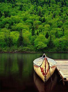 canoe. photo by patrick di fruscia.