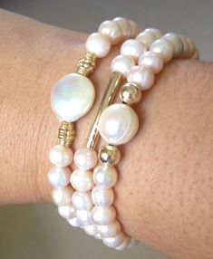 New and Used Jewelry & accessories for Sale in Chicago, IL - OfferUp Pearl Bracelet, Pearl Jewelry, Beaded Jewelry, Jewelry Bracelets, Jewelery, Beaded Necklace, Handmade Bracelets, Handmade Jewelry, Jewelry Crafts