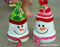 Le bonhommes de neige pot en terre cuite! 6 modèles! - Bricolages - Des bricolages géniaux à réaliser avec vos enfants - Trucs et Bricolages - Fallait y penser !