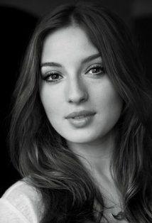 Maria Valverde Spanish Actress Nude In Movie