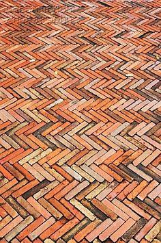 Herringbone paving patterns in Spain