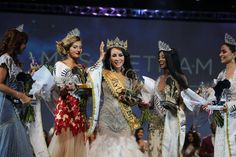 Mrs Vietnam is crowned Mrs Universe in a glitzy event in Durban - Digital Street https://www.digitalstreetsa.com/mrs-vietnam-crowned-mrs-universe-glitzy-event-durban/