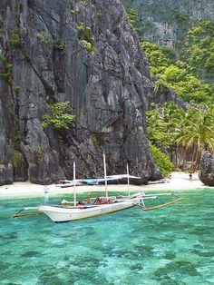 Travel Philippines   El Nido Palawan, Philippines © Sabrina Iovino   via @Just1WayTicket