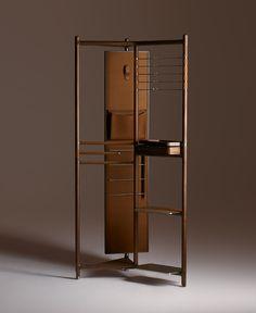 La casa di Hermès si arricchisce della collezione Les Nécessaires d'Hermès, una linea di arredi disegnata da Philippe Nigro.