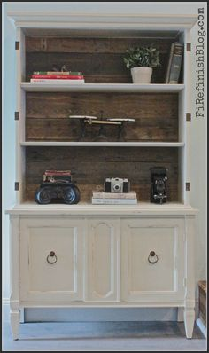 Pallet Bookcase by FiRefinish