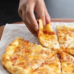 NY Style Gluten Free Pizza Crust   Gluten Free on a Shoestring Pizza Sans Gluten, Gluten Free Pizza, Gluten Free Cooking, Gluten Free Desserts, Gluten Free Crackers, Gf Recipes, Dairy Free Recipes, Cooking Recipes, Wheat Free Recipes
