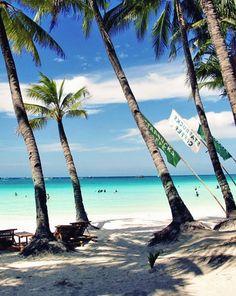 Boracay, still a Paradise? A Travel Guide to Philippines' most visited island. Vigan, Boracay Philippines, Philippines Travel, Visit Philippines, Exotic Beaches, Tropical Beaches, Palawan, Cebu, Beautiful Islands