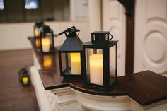 We have up to 32 lanterns available for couples to use to add an historic glow to their decor!   Congratulations to Sarah and Justin! Your autumnal wedding at Old South Meeting House was stunning. Photography: Lindsay Hite www.lindsayhitephotography.com