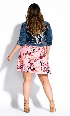 Shop Women's Plus Size Adorned Denim Jacket - Street Style - Collections Denim Mini Skirt, Mini Skirts, City Chic Online, Pink Fashion, Style Fashion, Floral Jacket, Lingerie Set, Fashion Addict, Plus Size Fashion