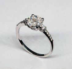 f597f7253f87 Locuras de amor.  jordanjoyeros  fabricantes  diseño  sortija  oroblanco   diamante