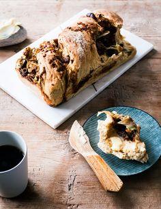 Fig & fennel pull-apart bread recipe from Nordic Light by Simon Bajada Good Gluten Free Bread Recipe, Bread Recipes, Cooking Recipes, Scandinavian Food, Pull Apart Bread, Recipe For Mom, Dessert Recipes, Desserts, Fennel